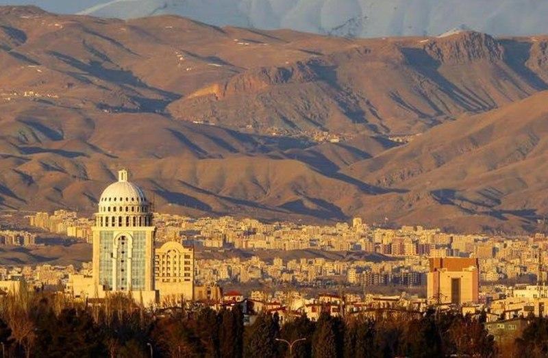 خبرنگاران البرزی از کمبود هتل در این استان گزارش می دهند